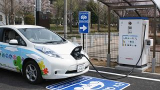 本当に求められる充電インフラとは?――政府は急速充電器の整備費を追加せよ